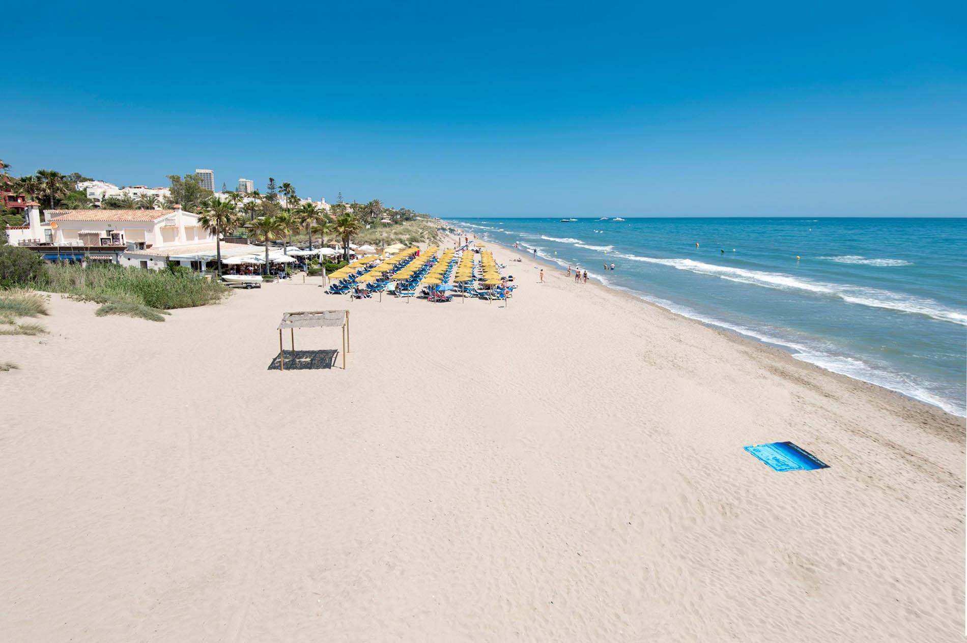 Descubre las mejores playas de Marbella (Costa del Sol) con Haro Rent  A Car
